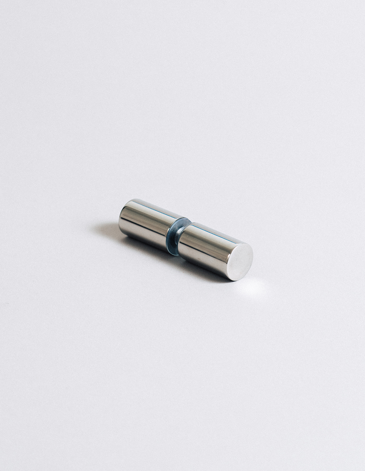 Optimum-Studios-Architectural-Glass-Metal-HardwarePage-Handle3-042216