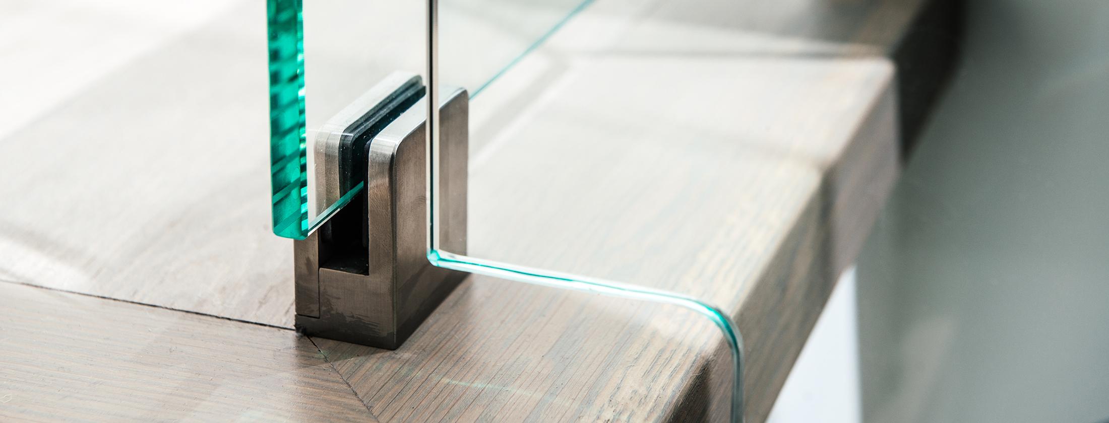 Optimum-Studios-Architectural-Glass-Metal-HardwarePage-MainImage2-042216